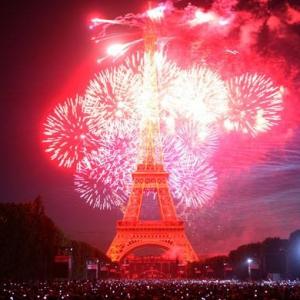 Eiffel-at-night
